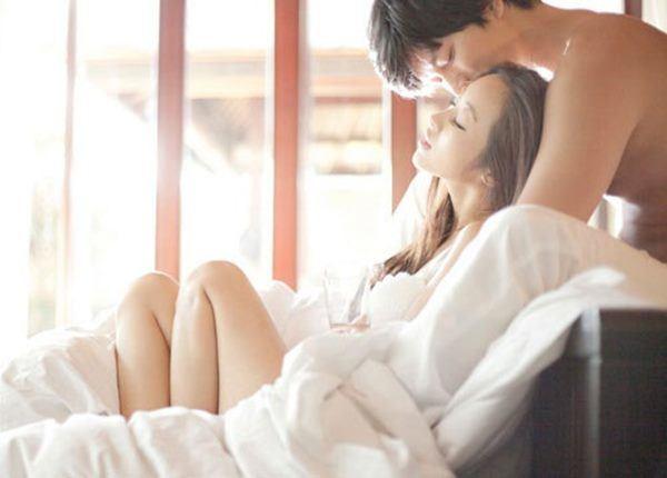 [Tin] - 8 thời điểm phụ nữ mong muốn được ân ái nhất, đặc biệt là cái đầu tiên