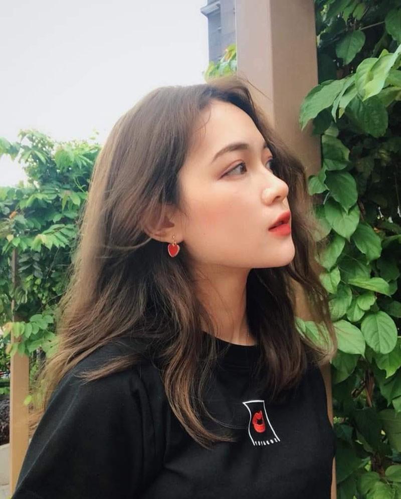 """ĐH KH Xã hội & Nhân văn khoe dàn hot girl chuẩn """"cực phẩm"""""""