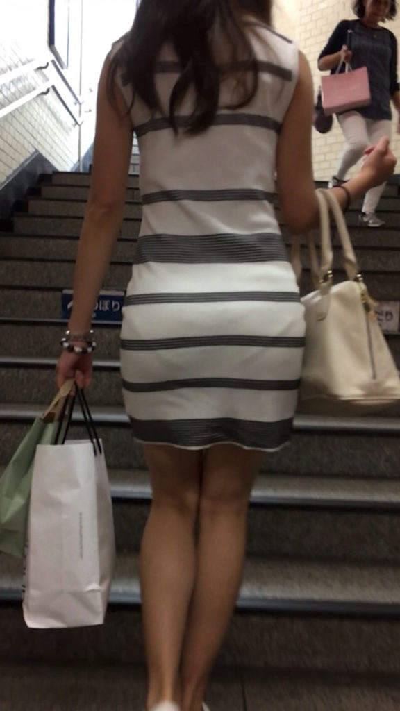 tight_skirt91224005.jpg