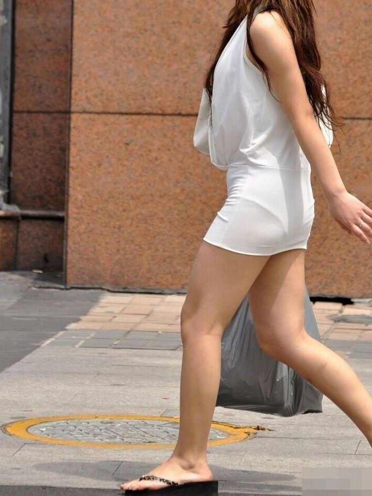 tight_skirt91224009.jpg